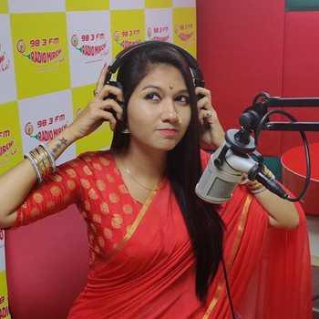 Celebrity RJ Nimi - Tring India