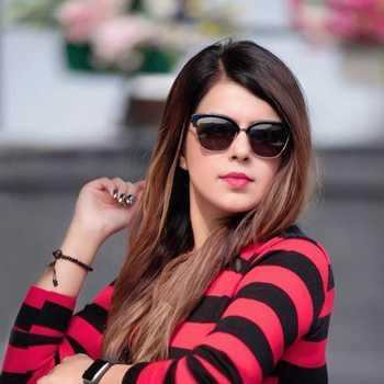 Celebrity Richa Mehta - Tring India