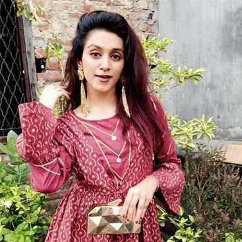 Celebrity Gunjan Tanwar - Tring India