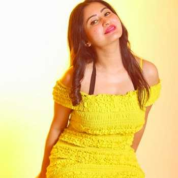 Celebrity Neelam Sharma - Tring India