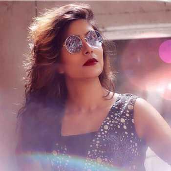 Celebrity Pari Telang - Tring India