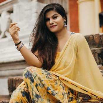 Celebrity Misti Yadav - Tring India