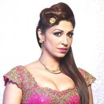 Celebrity Pooja Misra - Tring India