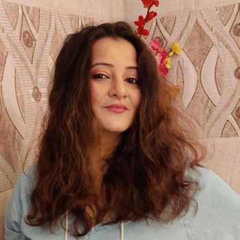 Celebrity Smita Singh - Tring India