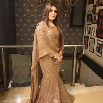 Celebrity Pragati Nagpal - Tring India