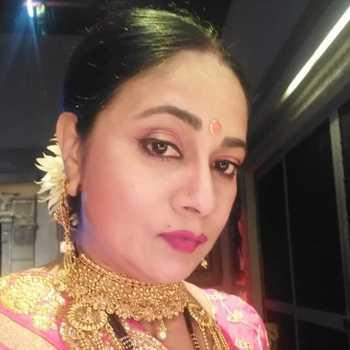 Celebrity Utkarsha Naik - Tring India