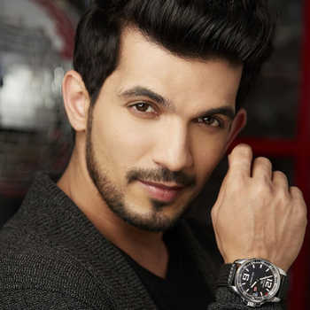 Celebrity Arjun Bijlani - Tring India