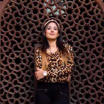 Celebrity Ummey Khansa - Tring India