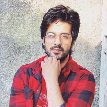 Celebrity Abrar Qazi - Tring India