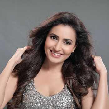 Celebrity Namrata Gaikwad - Tring India