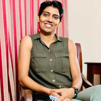 Celebrity Anita Kundu - Tring India