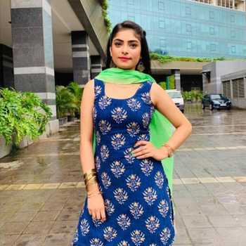 Celebrity Aparna Mishra - Tring India
