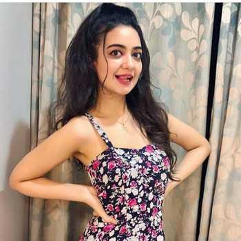 Celebrity Bhoomika Mirchandani - Tring India