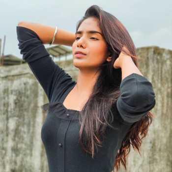 Celebrity Sharon - Tring India