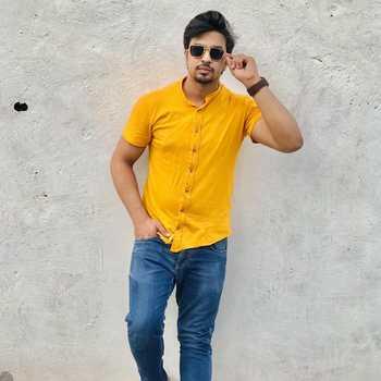 Celebrity Naman Bhatia - Tring India