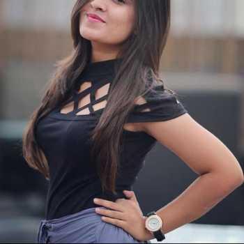 Celebrity Tara Gurnani - Tring India