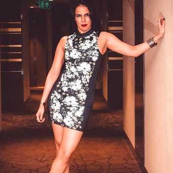 Celebrity Tania Suri - Tring India