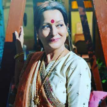 Celebrity Himani Shivpuri - Tring India