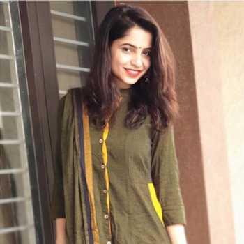 Celebrity Latieka Gill - Tring India