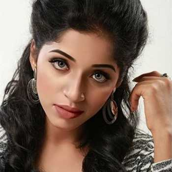 Celebrity Kavya Suresh - Tring India