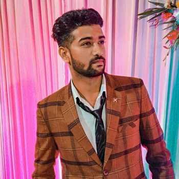 Celebrity Vivek Nigam - Tring India