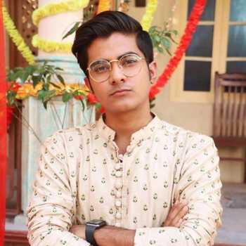 Celebrity Abbas Ali Ghaznavi - Tring India