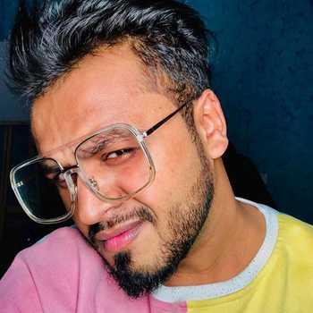 Celebrity Akshay K Agarwal - Tring India