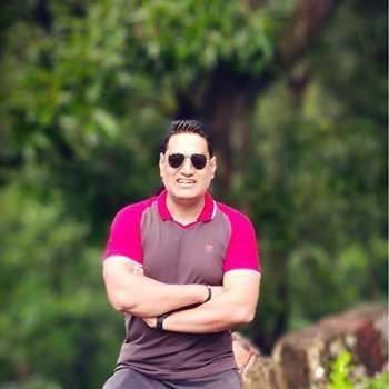 Celebrity Dr. Deepak Devgun - Tring India