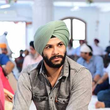 Celebrity Pavneet Singh Bagga - Tring India