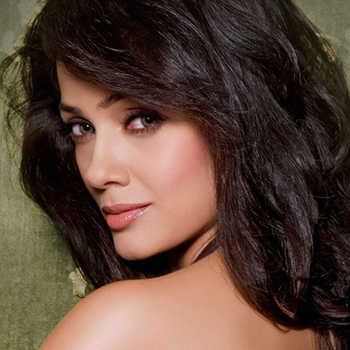 Celebrity Vidya Malavade - Tring India
