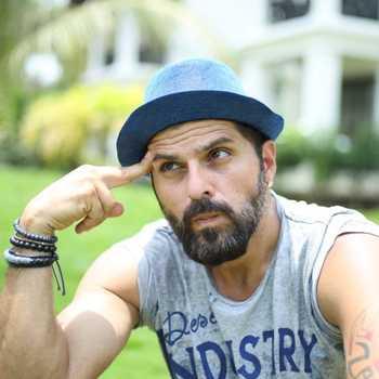 Celebrity Bhakhtyar Irani - Tring India