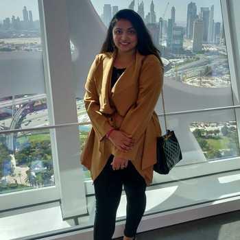 Celebrity Esha Shroff Shah - Tring India
