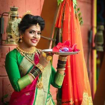 Celebrity Madhuri Pawar - Tring India