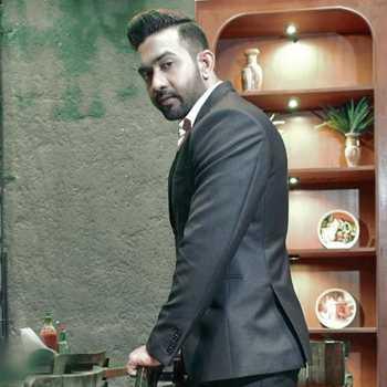 Celebrity Rameez Chowdhary - Tring India