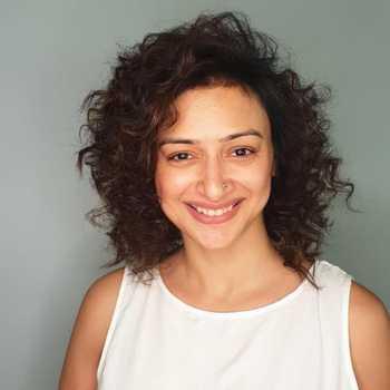 Celebrity Gauri Pradhan Tejwani - Tring India