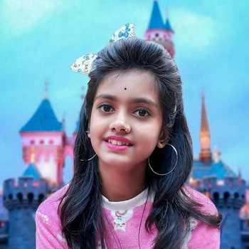 Celebrity Ayantika Kar - Tring India