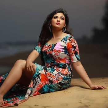 Celebrity Pragya Nagra - Tring India
