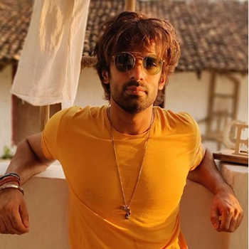 Celebrity Mohit Malik - Tring India