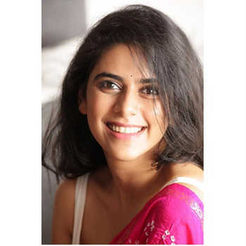 Celebrity Madhura Deshpande - Tring India