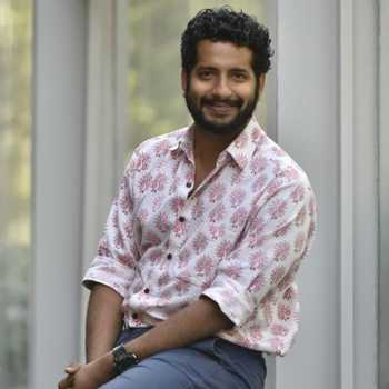 Celebrity Omkar Govardhan - Tring India