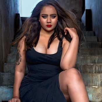 Celebrity Dimpal Prajapati - Tring India
