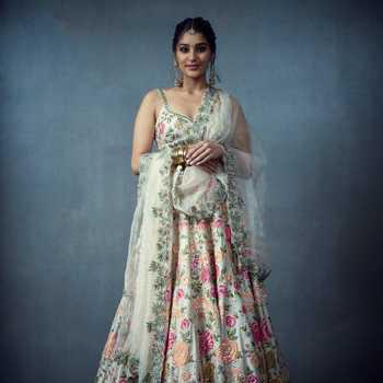 Celebrity Yukti Thareja - Tring India