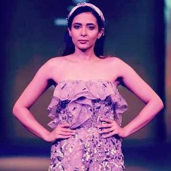 Celebrity Manpreet Kaur - Tring India