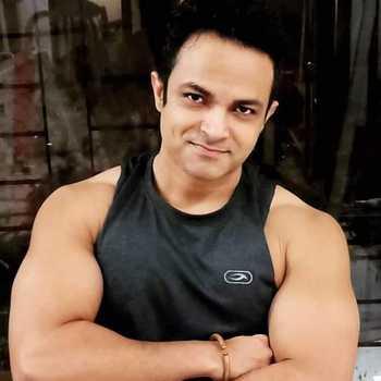 Celebrity Raseek Raj - Tring India
