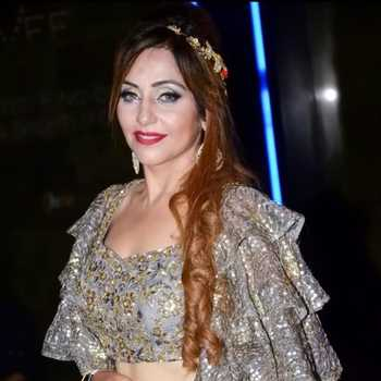 Celebrity Seema Gumber - Tring India