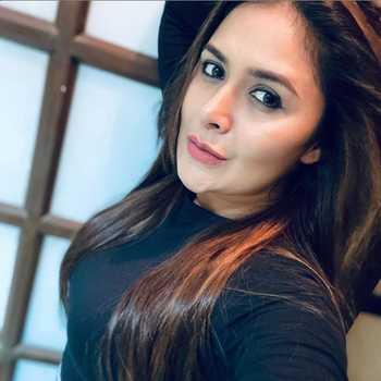 Celebrity Seema Tabassum - Tring India
