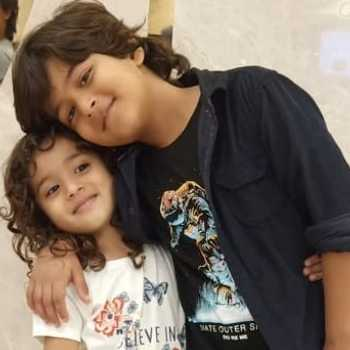 Celebrity Vivaan and Riddhi Sharma - Tring India