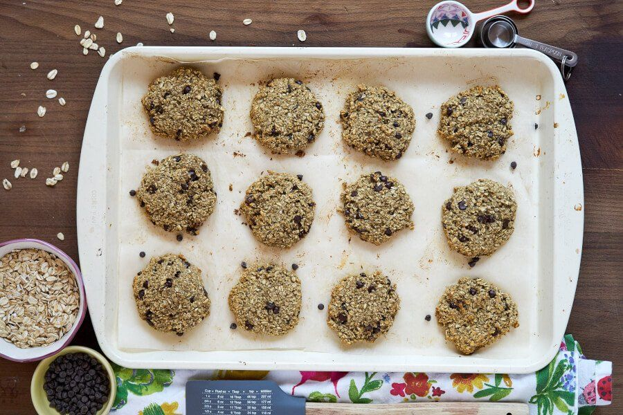Soft & Chewy Chocolate Chip Cookies thumbnail