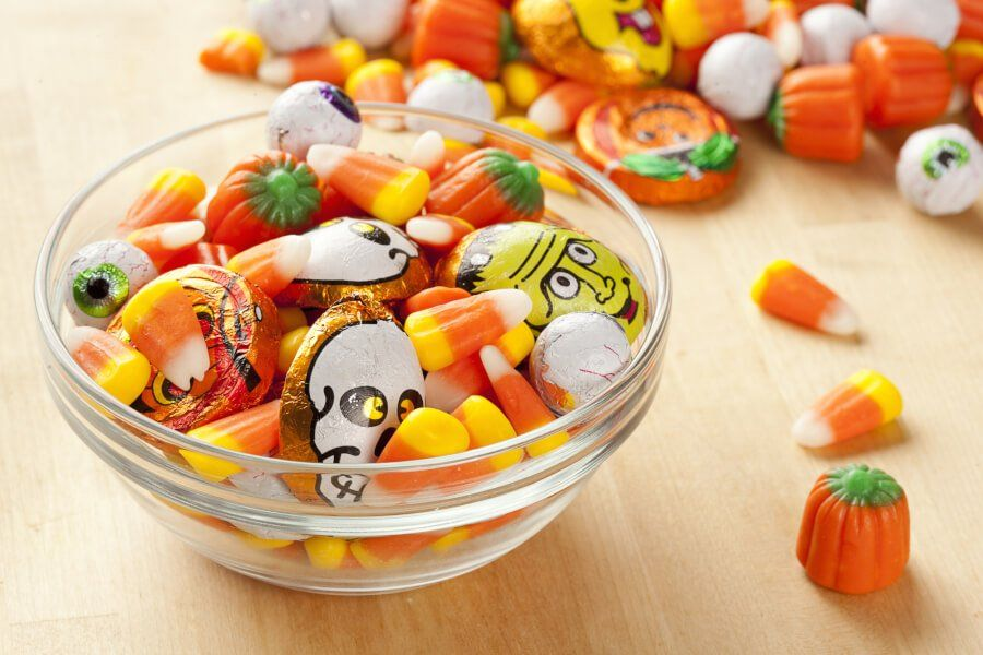 Ingredients You Might Be Surprised To Find In Halloween Candy thumbnail