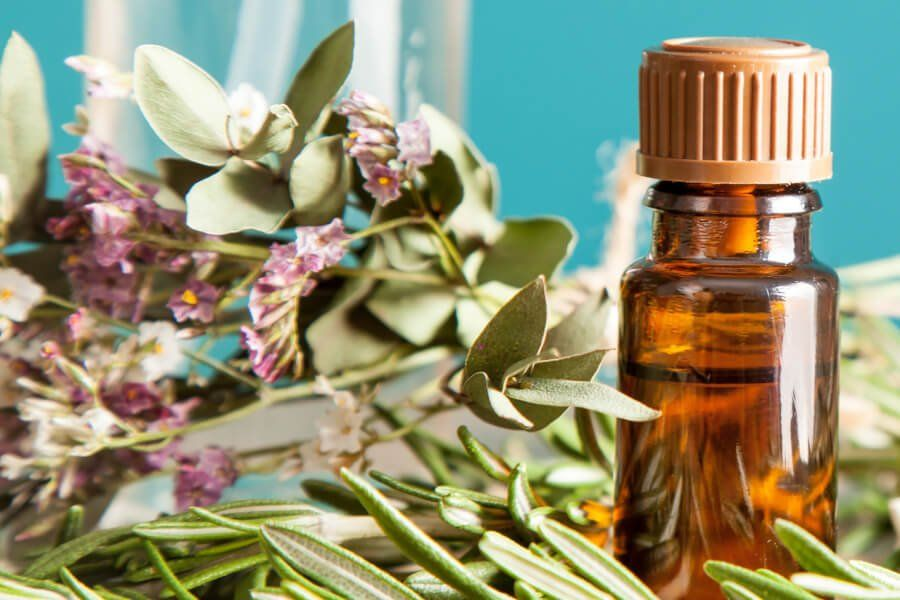 5 Essential Oils You Need In Your Home thumbnail